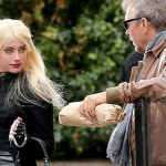 Amber Heard gets flirty with Kevin Costner [USA ONLY]